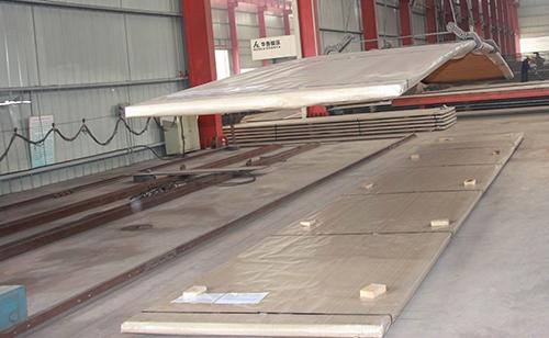 郑州宇光认为304不锈钢复合板具有以下优势